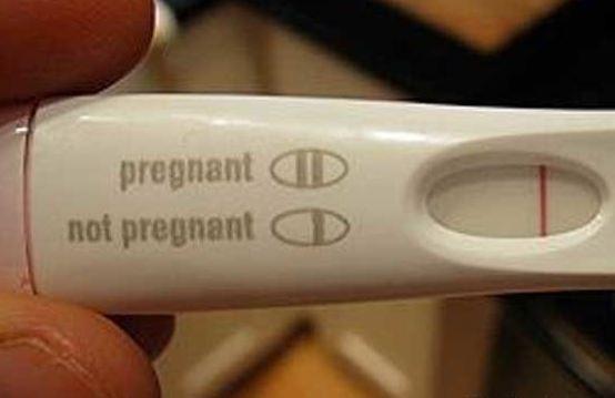 cuando se implanta el ovulo fecundado